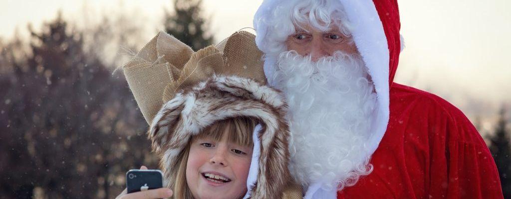 Source Santa Selfie Contest